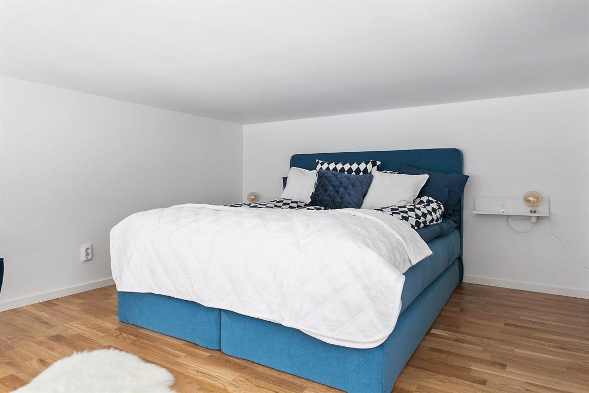 Generöst sovloft om ca 14 m²